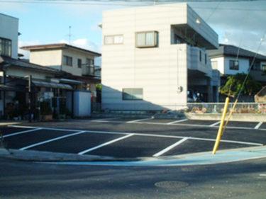店舗駐車場アスファルト工事